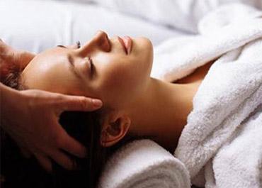 Eifel-Therme-Zikkurat • Massage